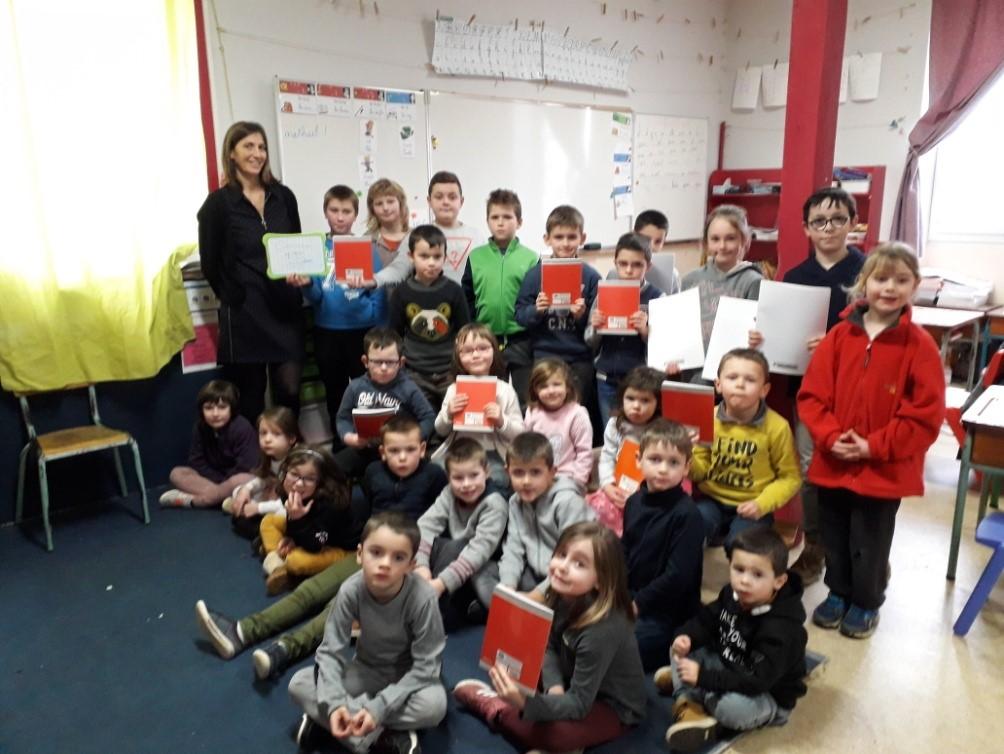 Les élèves de l'école St Yves soutiennent « les gazelles mettent la gomme ».